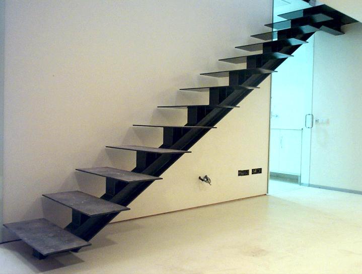 Escaleras construcciones met licas cerrisan alicante - Escaleras metalicas interiores ...